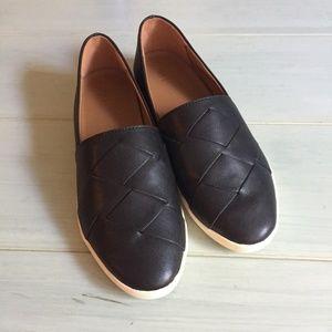 Frye Liz Leather Woven Slip Shoes in Black
